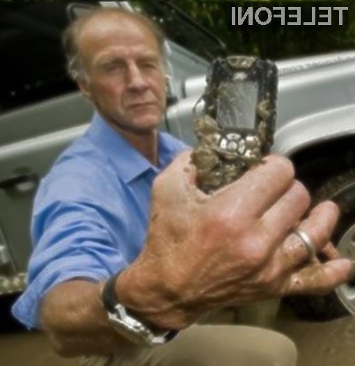 Mobilnemu telefonu Sonim/Land Rover S1 nič ne more do živega!