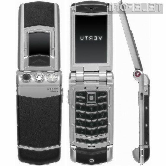 Mobilni telefon Vertu Constellation F Ayxta je pisan na kožo petičnežem.