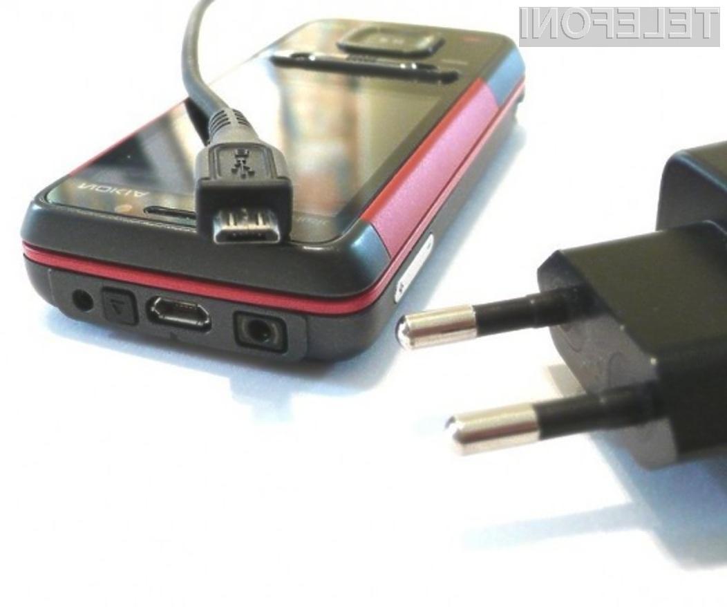 Enotni polnilec oziroma priključek bo precej olajšal uporabniško izkušnjo z mobilniki.