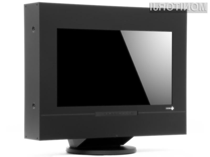 Eizo Duravision FDF2301-3D je precej debelejši od klasičnih LCD zaslonov.