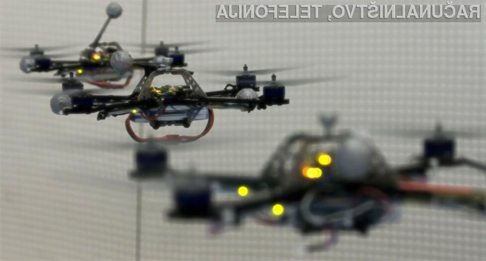 Švicarski raziskovalci so predstavili robote, ki poleg lebdenja v zraku hkrati zmorejo igrati še tenis.