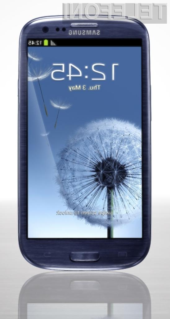 Samsung Galaxy S3 bosta v začetku junija ponudila v prodajo tako Si.mobil kot Mobitel.