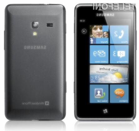 Mobilniku Samsung Omnia M bo le stežka zmanjkalo moči!
