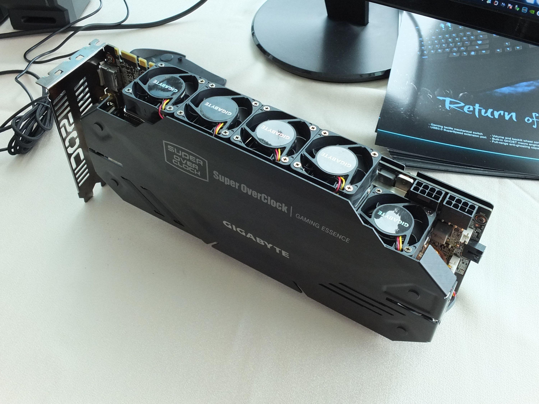 Grafična kartica Gigabyte GeForce GTX 680 SuperOverclock naj bi bila pri delovanju precej glasna.