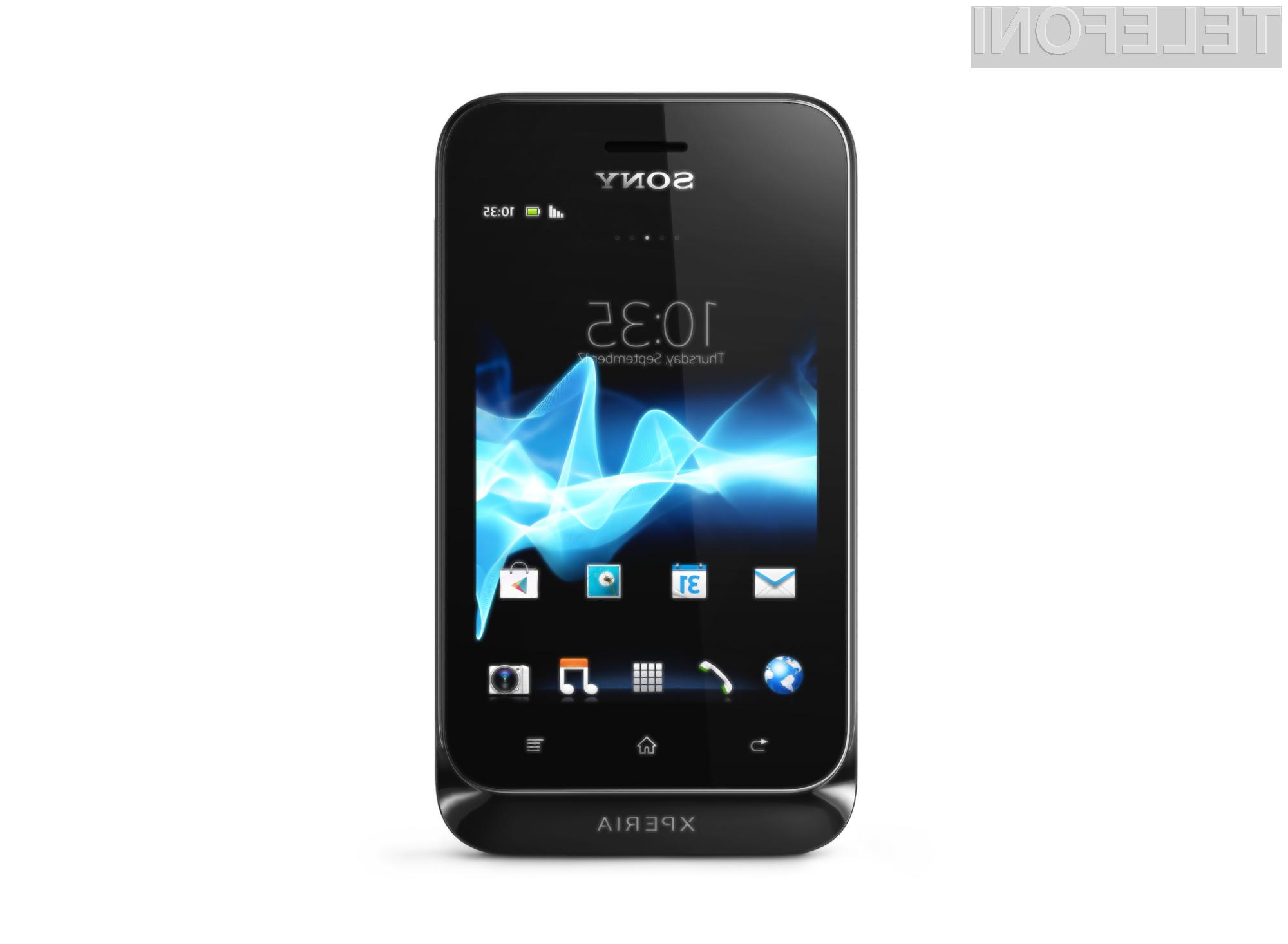 Sony Xperia Tipo je v prvi vrsti namenjena uporabnikom, ki se prvič v življenju soočajo s pametnim telefonom.