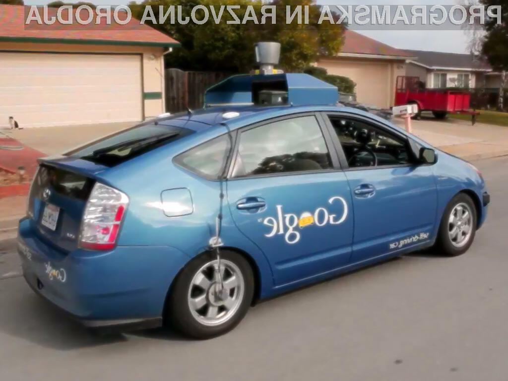 Googlova flota desetih samovodenih avtomobilov je do sedaj prepotovala že 483.000 kilometrov.