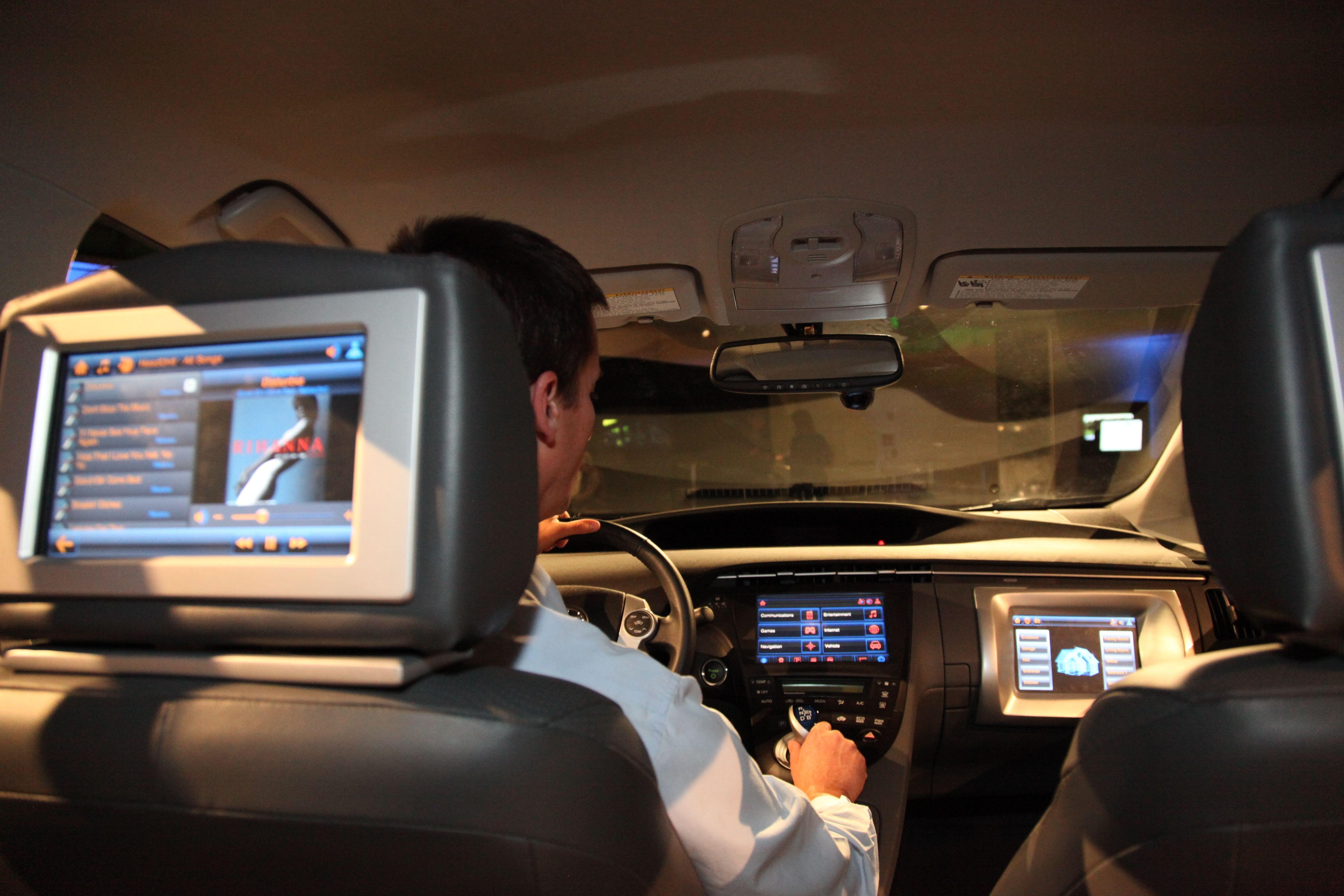 Marketing bo moral v naslednjih nekaj letih njegove vsebine povsem prilagoditi voznikom pametnih avtomobilov.