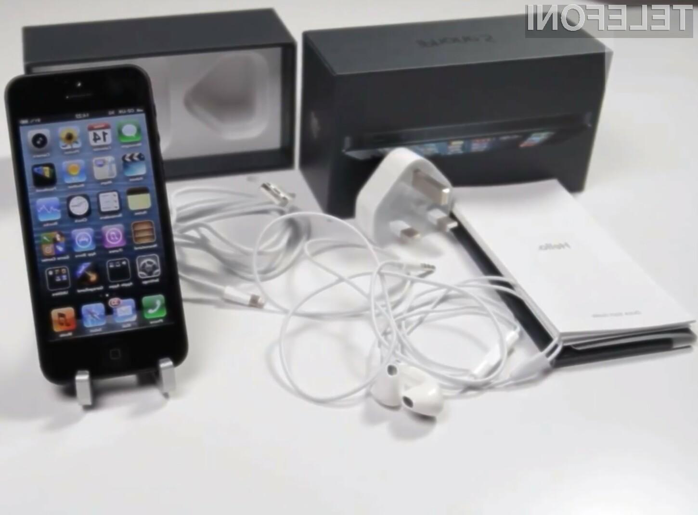 Namenski adapter, ki bo omogočal združljivost mobilnika iPhone 5 z zdajšnjimi dodatki, bo žal potrebno kupiti posebej.