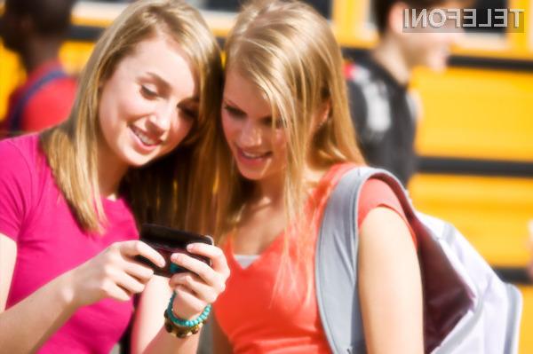 Pametni mobilni telefon z neomejenim dostopom do interneta naj bi povečeval možnosti za priložnostni seks.