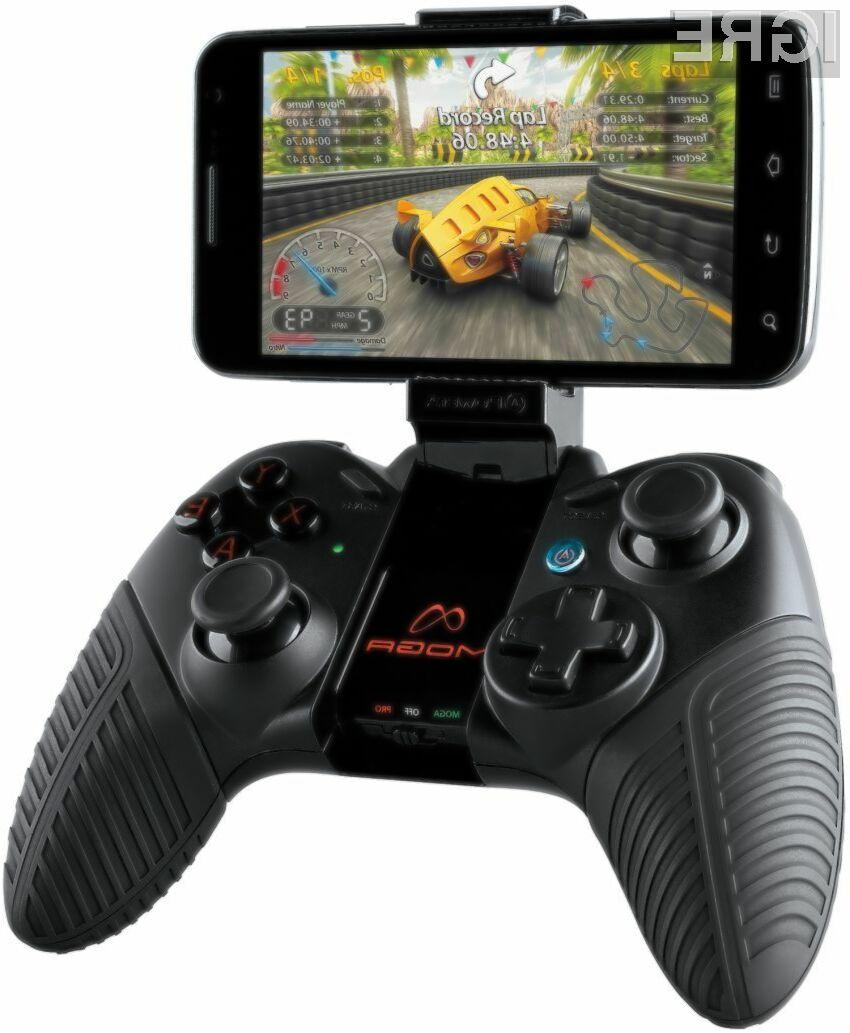 Moga Pro bo vaš pametni telefon spremenila v pravo igralno konzolo.