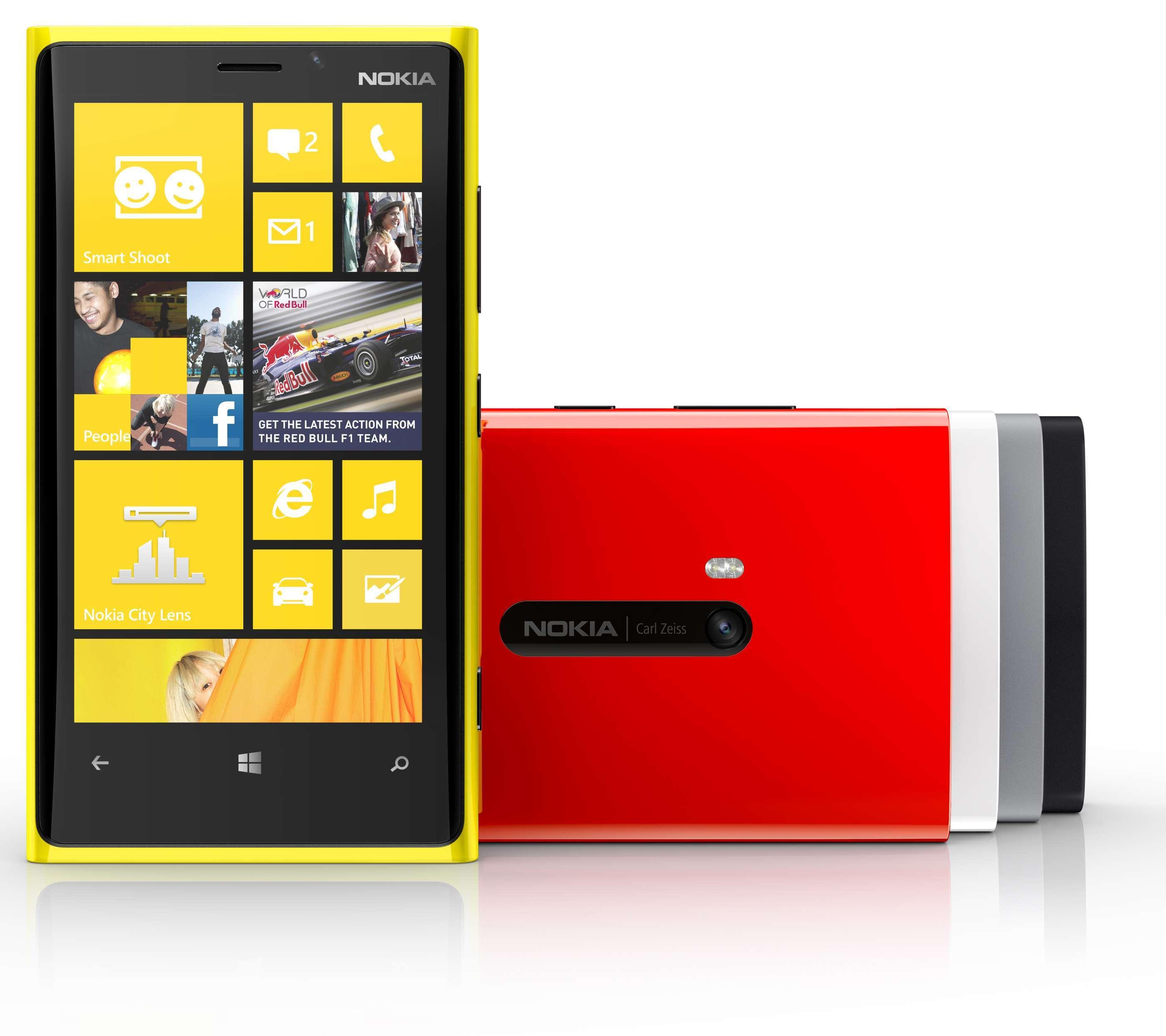 Lumia 920 je eden boljših mobilnikov z Windows Phoneom ta hip.