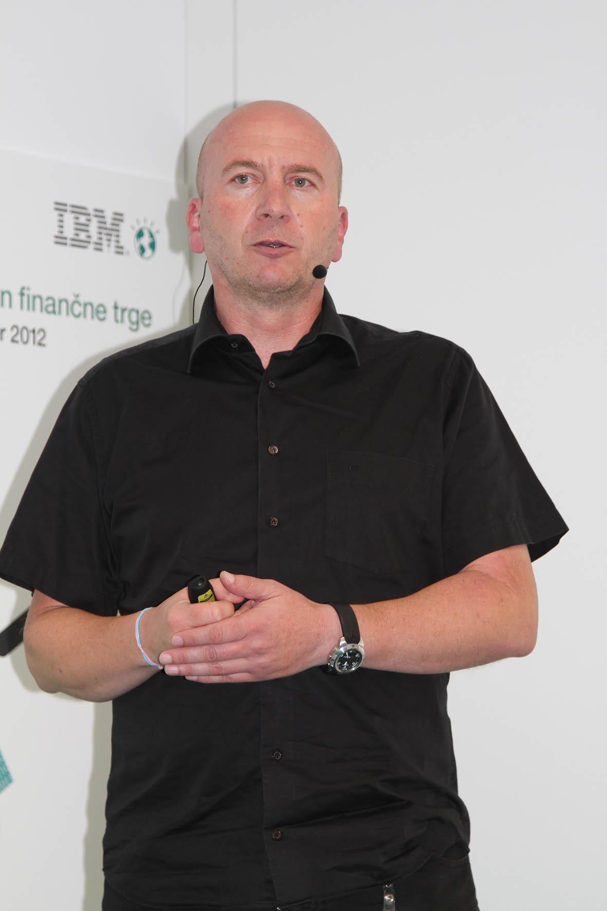 Tomaž Vincek, tomaz.vincek@si.ibm.com. IBM-ov strokovnjak za virtualizacijo in Power sisteme pri IBM Slovenija.