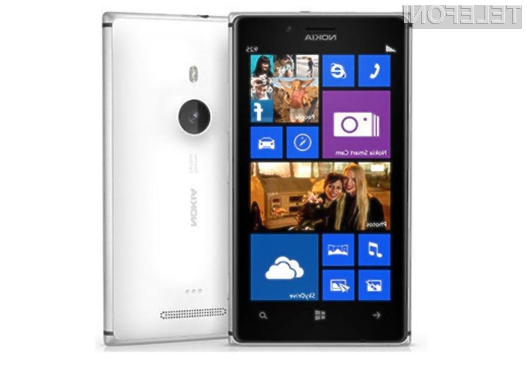Povpraševanje po napravah Windows Phone se povečuje predvsem na račun priljubljenosti pametnih mobilnih telefonov Nokia Lumia.