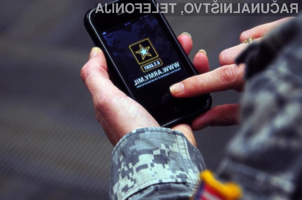 Ameriški vojaki imajo zeleno luč za uporabo pametnih mobilnih telefonov iPhone in tabličnih računalnikov iPad.