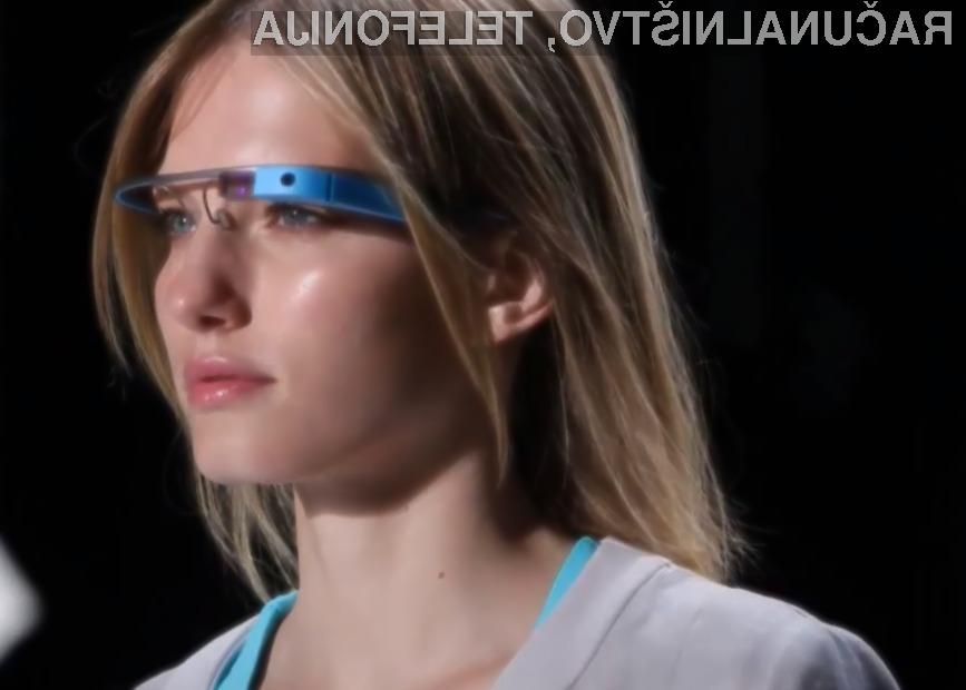 Podjetje Google je s spremembo »pravil igre« na portalu Play prepovedal vse aplikacije za očala Glass, kjer je prisotna golota in/ali spolnost.
