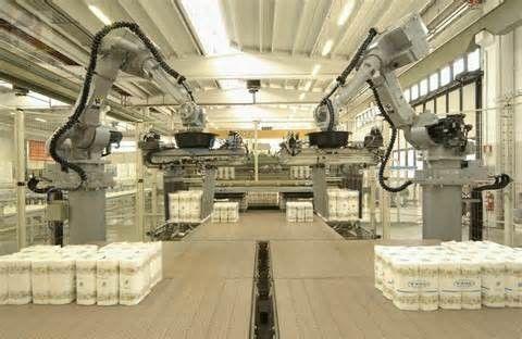 Roboti so zanesljivejši, natančnejši in predvsem cenejši od človeka.
