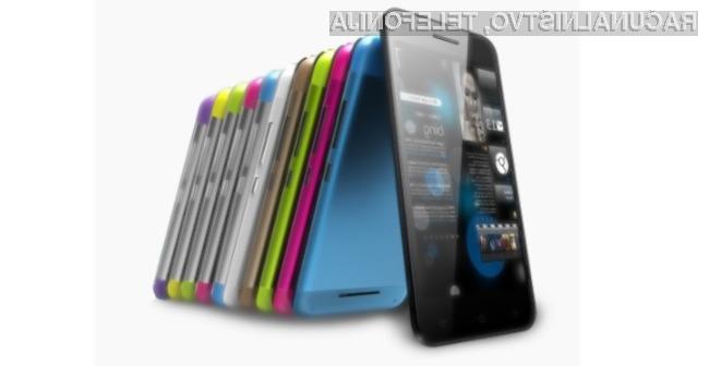Pametni mobilni telefon Philips Xenium W8510 se lahko pobaha tako z dolgo avtonomijo delovanja kot s hitrim polnjenjem!
