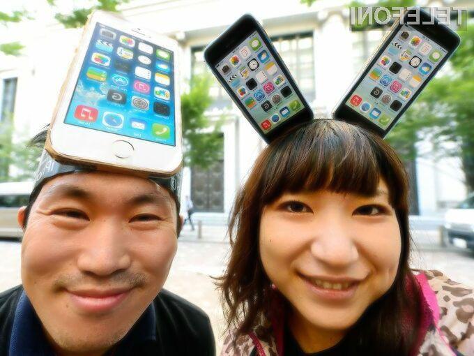Applovi verniki mobilnika iPhone 5C in iPhone 5S poveličujejo v višave!