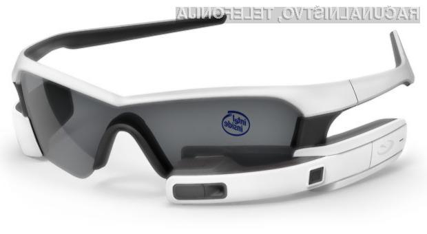 Večpredstavnostna očala podjetja Intel naj bi bila nared za prodajo že v drugi polovici naslednjega leta.
