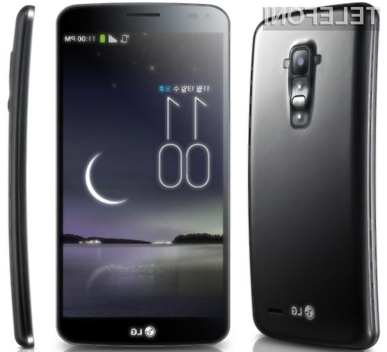 Ukrivljeni pametni mobilni telefon G Flex naj bi k nam prispel še pred pomladjo.