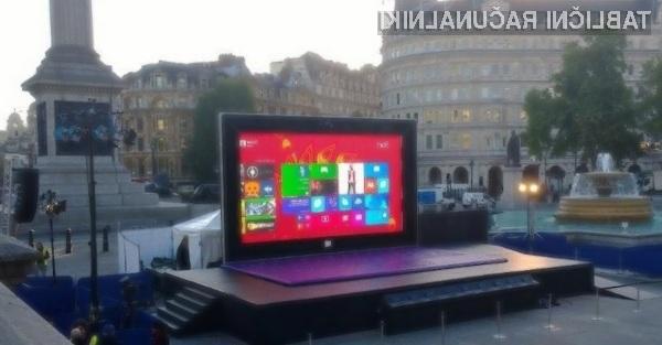 Britance je gigantski tablični računalnik Surface navdušil v vseh pogledih.