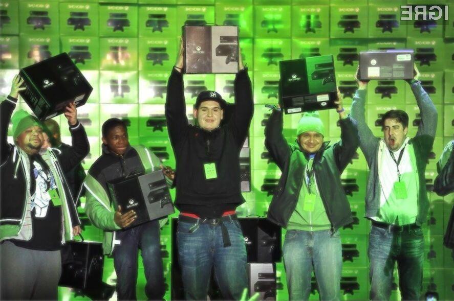Igričarji so nad igralno konzolo Xbox One izjemno navdušeni.
