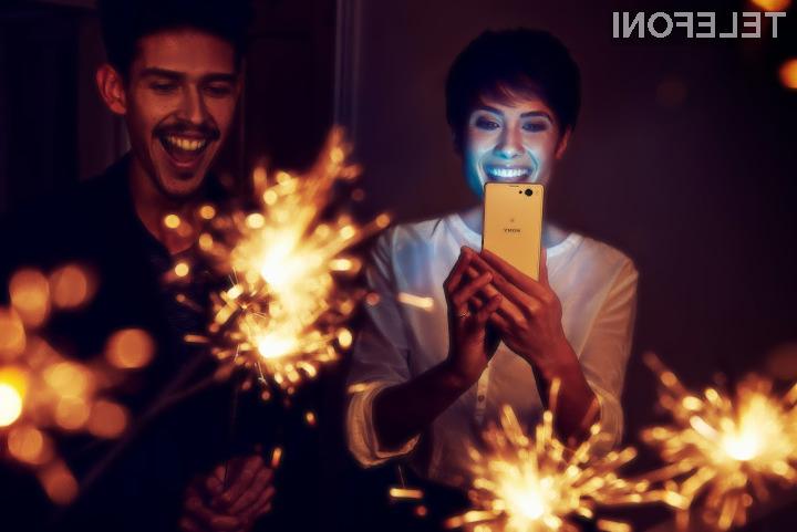 Sony Xperia Z1 Compact: Fotografiranje brez bliskavice v slabih svetlobnih pogojih.