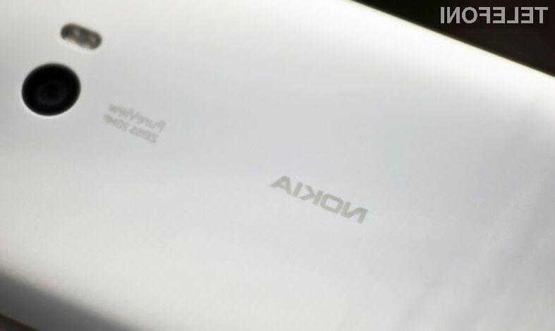 """Glavni adut mobilnika Nokia Superman naj bi bila kakovostna spletna kamera prilagojena zajemu """"selfiejev""""."""