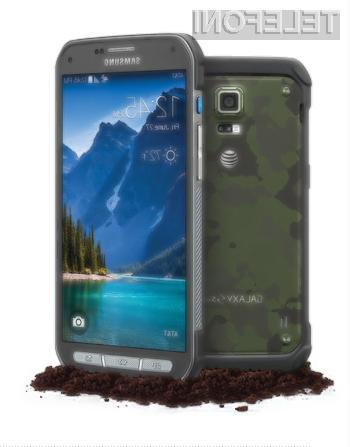 Samsung predstavil supervzdržljivi mobilnik Galaxy S5 Active