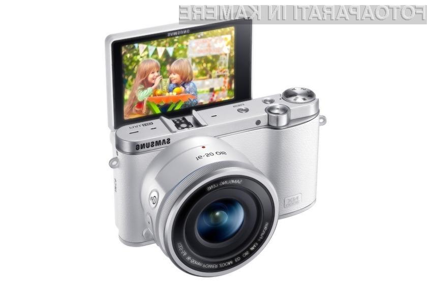 Samsung lastnikom fotoaparata NX 3000 obljublja izjemno kakovostne fotografije »selfie«.