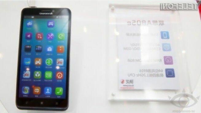 Lenovo bo pametni mobilni telefon A805e ponudilo v prodajo že v drugi polovici julija.