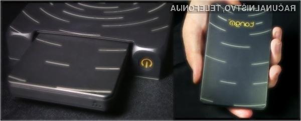 Žepni računalnik Tango PC lahko brez težav uporabljamo tudi za zahtevnejša opravila!