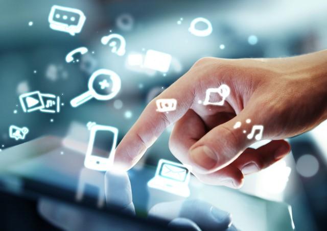 Udeleženci brezplačne delavnice Money Talks! bodo v oktobru spoznavali platforme e- in m-banke ter razvijali prototipe na tematiko gamification-a v elektronskem bančništvu. (Foto: Shutterstock)