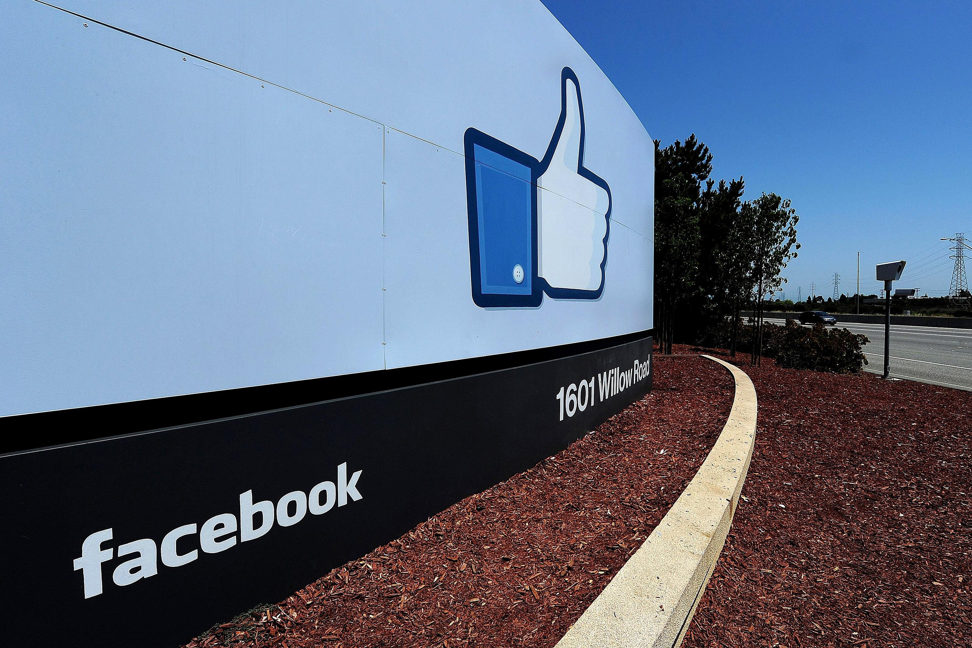 Facebook vstopa v zdravstvo