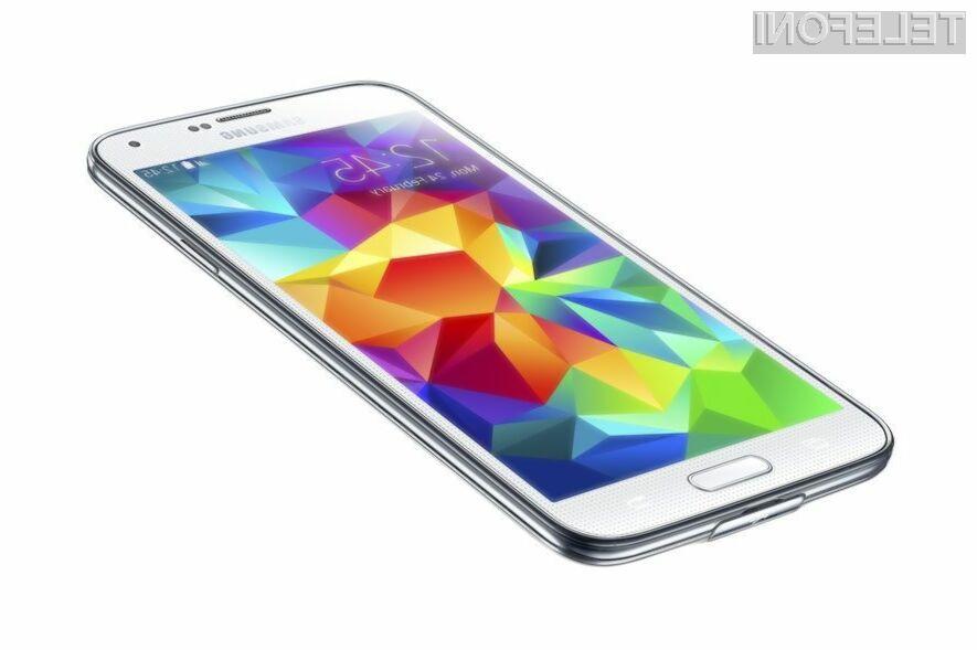 Prodaja mobilnikov Samsung Galaxy S5 je za skoraj polovico manjša od pričakovanj.