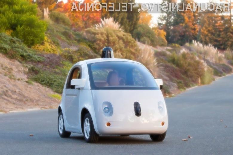 Pri podjetju Google so prepričani, da bi lahko njihov avtomobil že v letu dni osvojil mestne ulice.