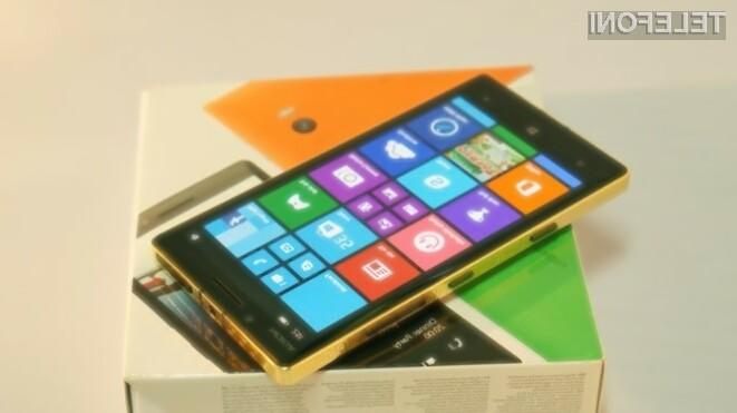 Zlato obarvana Nokia Lumia 930 bo zlahka prepričala poslovneže in petičneže!