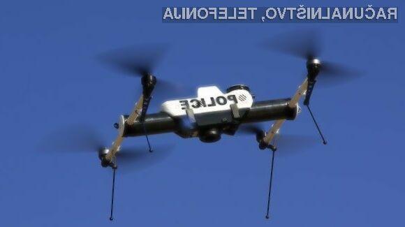 Brezpilotni štirikopterji bodo policiji sprva zaupani v preizkušanje.