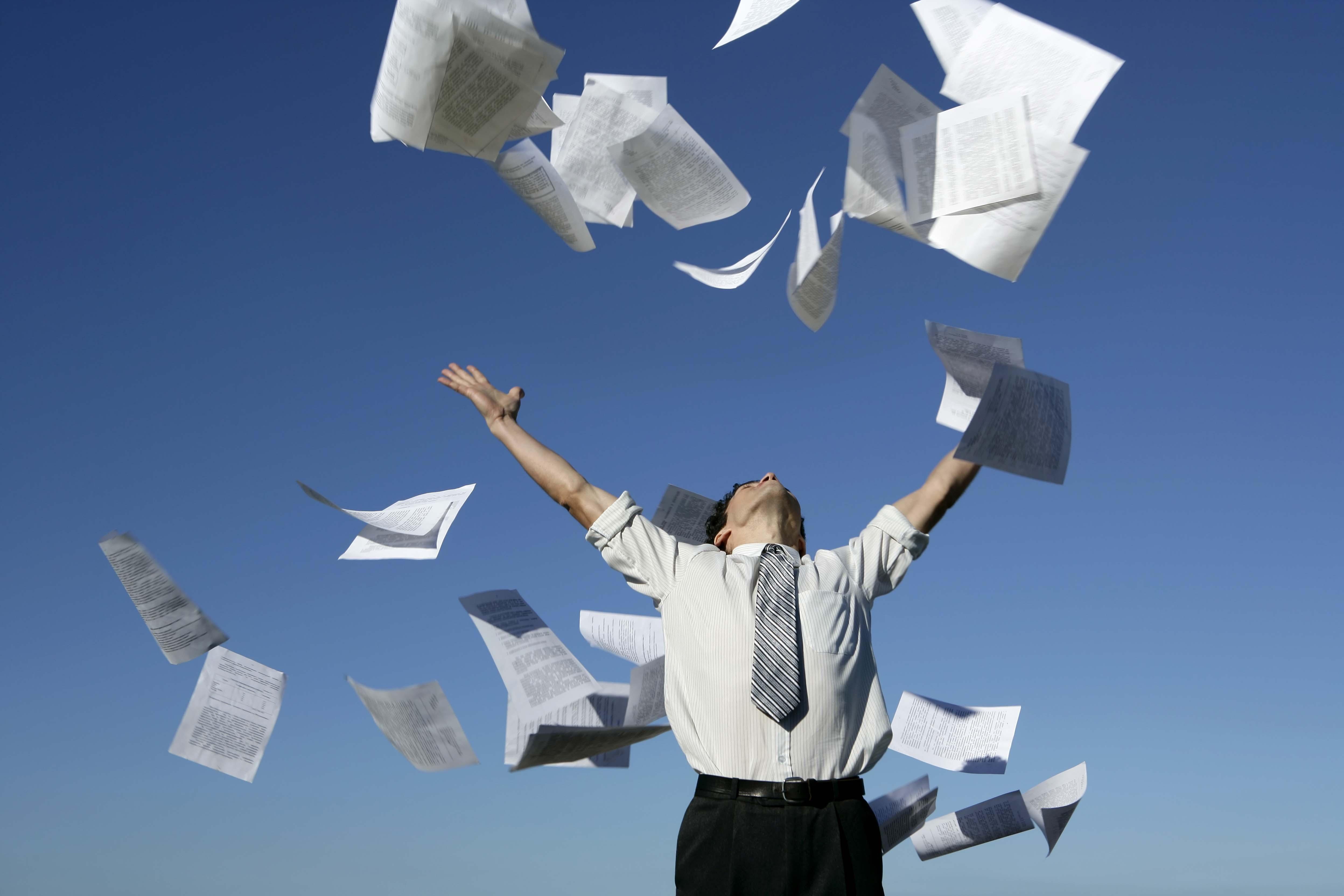 Poslovanje brez papirja lahko opazno izboljša vaše poslovanje!