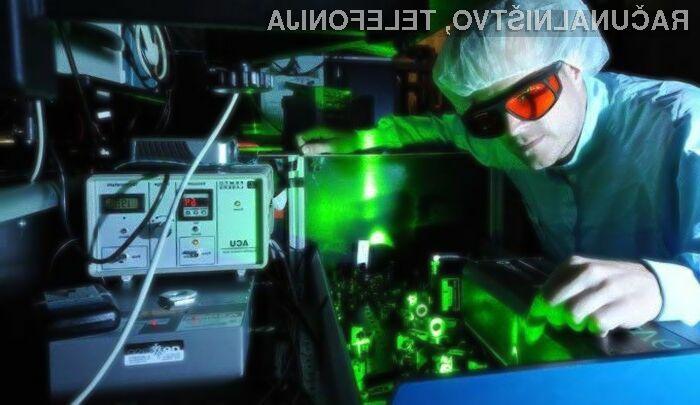 Prenos podatkov z uporabo svetlobe poteka veliko hitreje kot pa z uporabo elektrike!