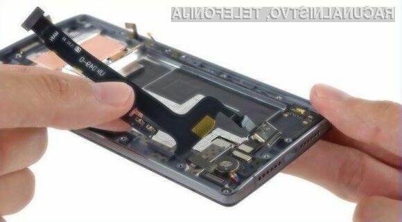 Pametni mobilni telefon OnePlus 2 je relativno enostavno popravljiv!
