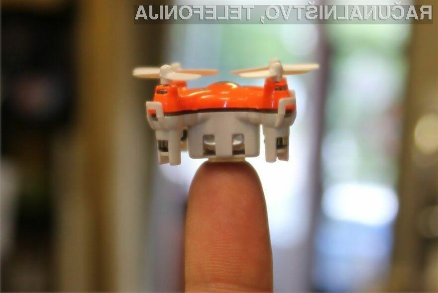 Miniaturni zrakoplov pri letenju ne povzroča hrupa in z njim je mogoče izvesti številne »manevre«