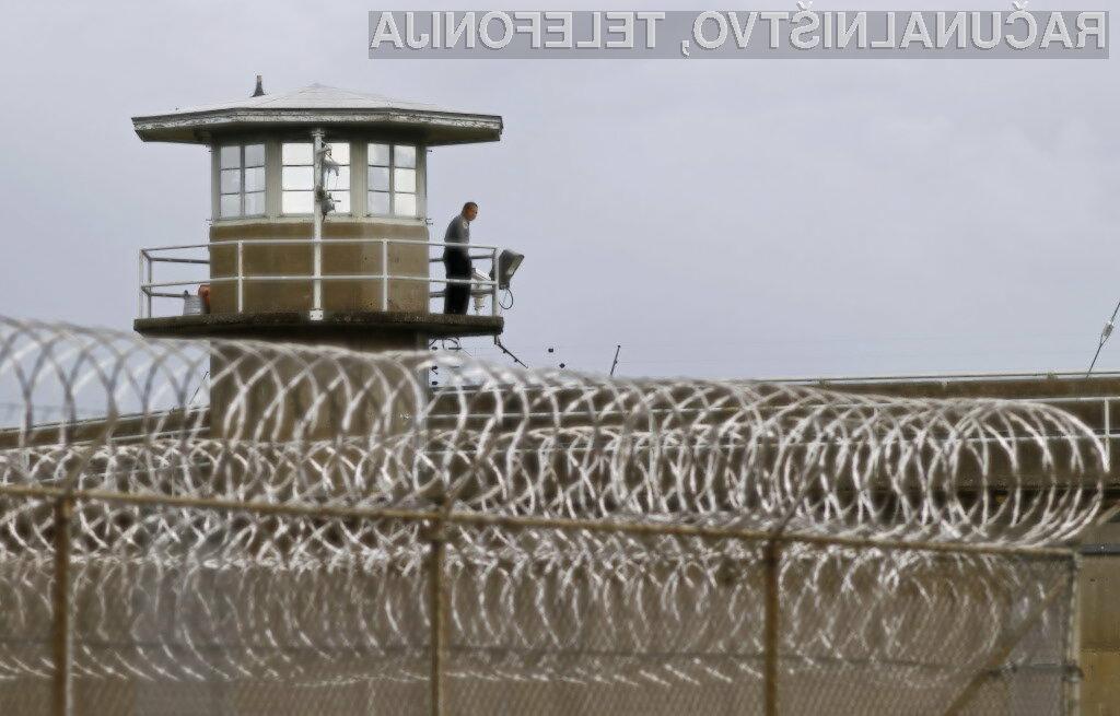 Programska napaka je dolžino prestajanje zaporne kazni skrajšala za največ 100 dni.