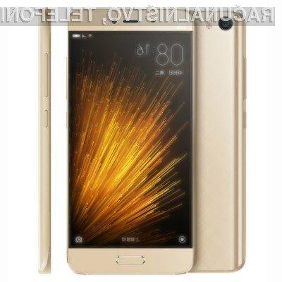 Zanimivi mobilni telefon Xiaomi MI5 je že mogoče kupiti v predprodaji na spletni strani Everbuying.net.