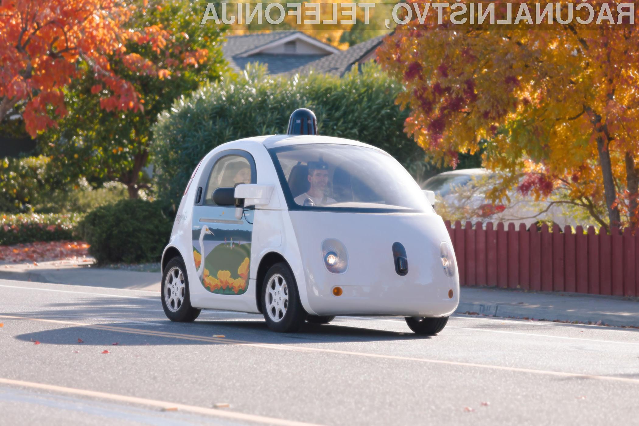 Samovozeči avtomobili imajo v povprečju kar 27-odstotkov manj možnosti, da povzročijo prometno nesrečo.