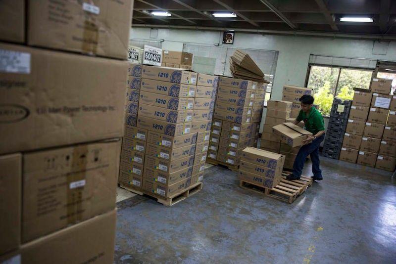 Droni v skladiščih v enem dnevu opravilo toliko dela, kot ga človek v enem mesecu.