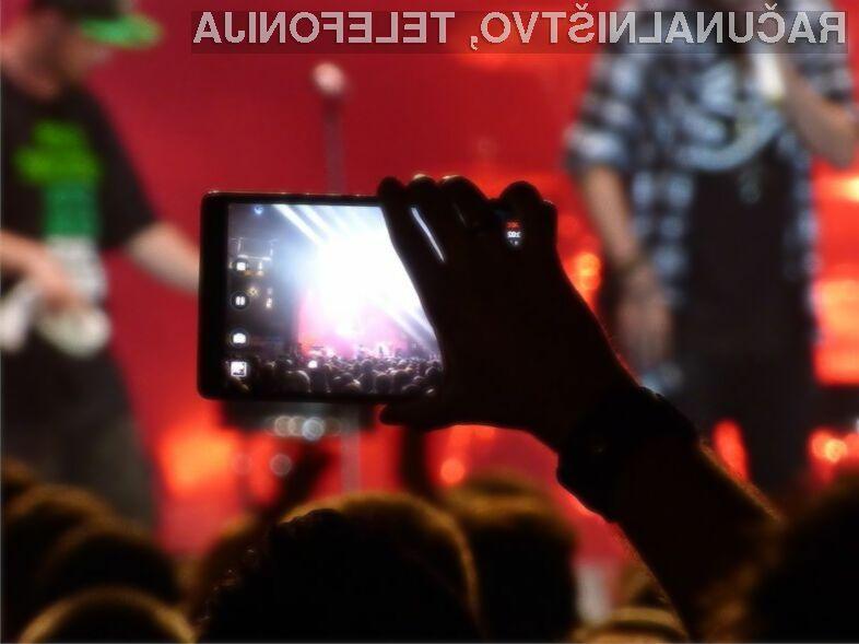 Apple bo z infrardečo svetlobo uporabnikom pametnih mobilnih telefonov preprečil vklop možnosti snemanja videoposnetkov.