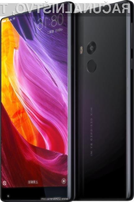 Pri pripravi pametnega mobilnega telefona Mi Mix so pripodjetju Xiaomi šli še dlje, saj gre za mobilno napravo, opremljeno z zaslonom, ki je praktično brez stranskih robov.
