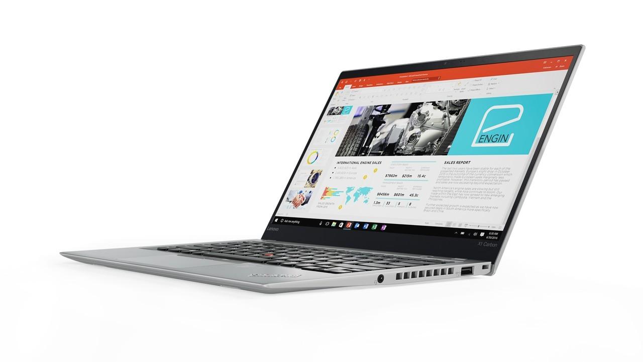 ThinkPad X1 Carbon z letnico 2017 je na voljo v klasični ThinkPad črni barvi ali pa novi srebrni barvi.