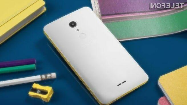 Pametni mobilni telefon Alcatel A3 XL je zaradi večpredstavnostnih možnosti kot nalašč za mlade.